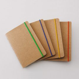 Libreta Kraft elastico color